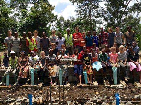 18 danske unge til Østafrika