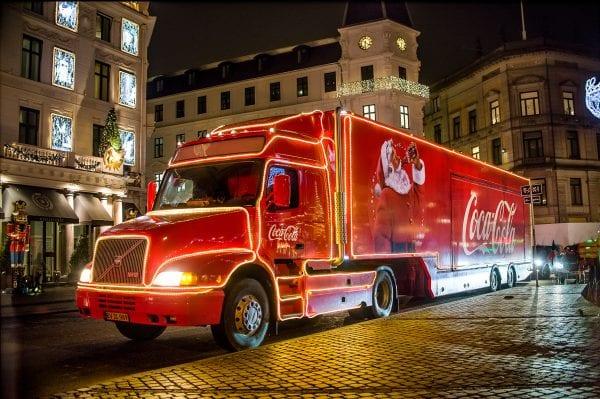 Coca-Cola julelastbilen besøger Næstved