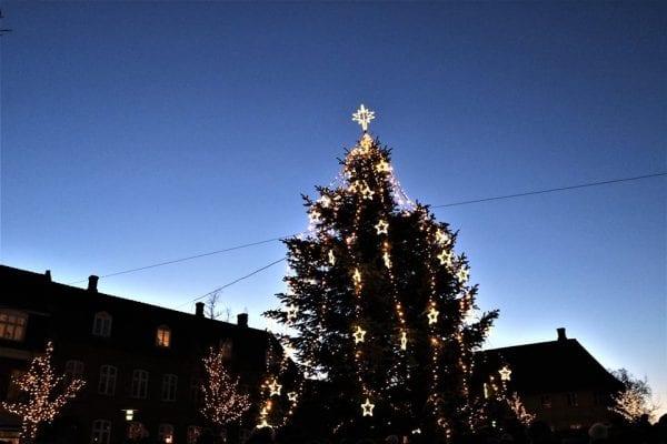 Juletræet tændes på Axeltorv