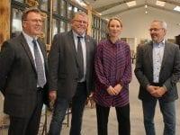 Fra venstre: Direktør for AffaldPlus John Kusz, bestyrelsesformand Poul A. Larsen, miljøminister Lea Wermelin og vicedirektør Allan Johansen.